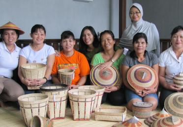 TOTAL INDONESIA FOUNDATION Program for The Preservation of Indonesian Cultural Heritage